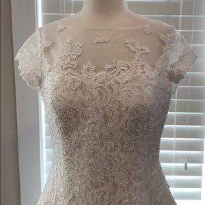 Ivory wedding dress size 14